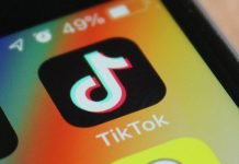 TikTok's likes and views