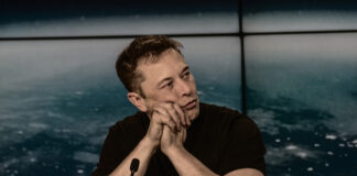 Elon Musk Denies The Presence of Life in Our Solar System